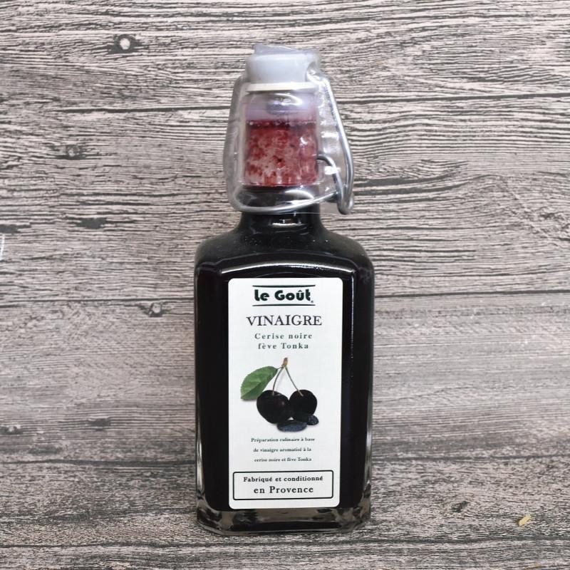 Vinaigre à la pulpe de Cerise noire et fève Tonka